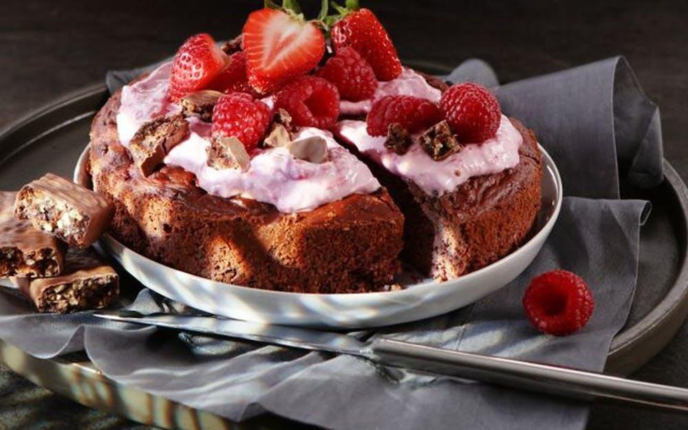 NEOH Recipe | NEOH Raspberry Chocolate Fudge Cake